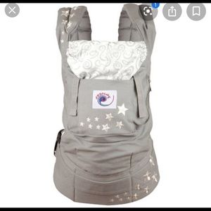 Ergo baby gray with stars + infant carrier
